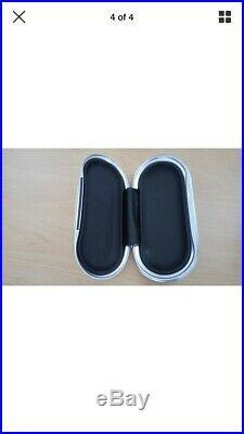 Bentley Sunglasses Hard Case Piano Black Mint Condition