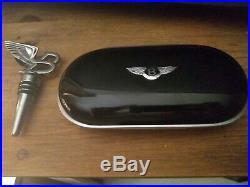Bentley glasses case (piano black) + B wine bottle topper