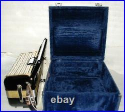 HOHNER CONCERTO II 72 bass Piano Accordion Akkordeon Fisarmonica very good