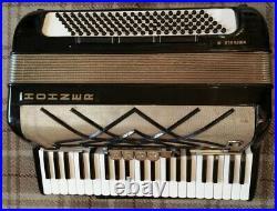 HOHNER VIRTUOLA III. Full Size piano accordion 120 bass