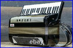 Hohner Accordion Studio 2 120-Bass 41-Key Black & Gold Piano Accordion withCase