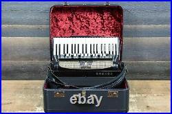 Hohner Verdi V N 120-Bass 41-Key 11-Treble Switch Black Piano Accordion withCase