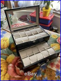 Lionite Mele 20 Piano Black Wooden Watch Lockable Storage Case Box