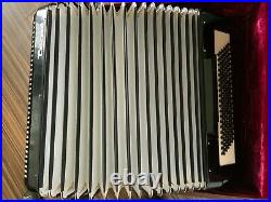 Parrot Black Chinese 120 Bass Piano Accordion With Straps In A Hard Carry Case
