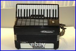 Piano accordion akkordeon WELTMEISTER STELLA 48 bass