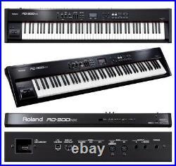 Roland RD 300NX Digital Piano Keyboard & Gator 88 padded wheeled case