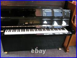 Samick SU105 Upright Piano in Black Gloss Case