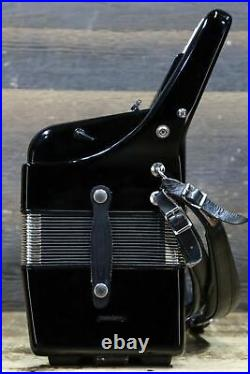 Sonata 120-Bass 41-Key 5-Treble Switches Small Size Black Piano Accordion withCase