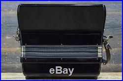 Sonata 72-Bass 34-Key 5-Treble Switches Black Piano Accordion withCase #4544