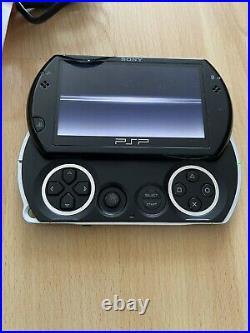 Sony PSP-N1001 GO + Case + PSP-N100 AC Adaptor Play Station Portable Black