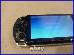 Sony PlayStation Portable PSP 2003 Piano Black Console Slim & Lite + Case + 4GB