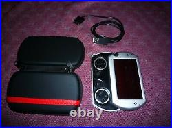 Sony Psp GO N1008 Piano Black (with usb cable and cases)
