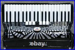 Universal Accordion 120-Bass 41-Key 7-Treble Switch Black Piano Accordion withCase