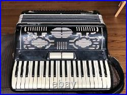 Vintage La Tosca Minuetta Tuxedo Piano Accordion Black withCase Made in Italy