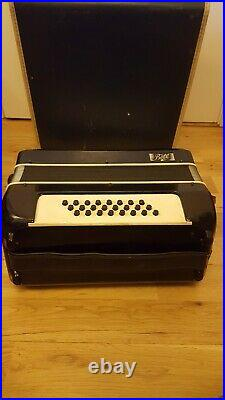 Vintage Small Sized Bell Black Piano Accordian Made In Italy In Case 13.5 Width